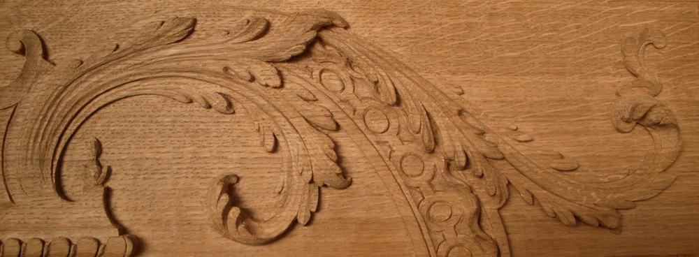 sculpture sur bois d'une feuille d'acanthe ornementation